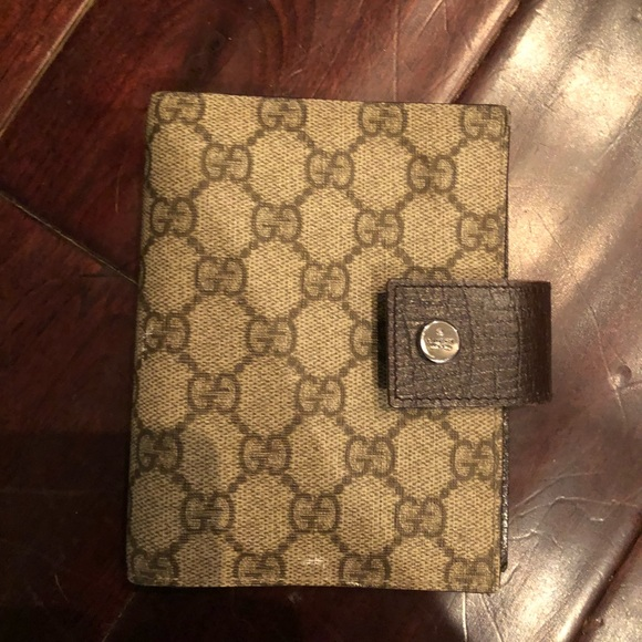 d664280bb88 Gucci Other - GUCCI planner   wallet   💯 authentic !!! Unisex !